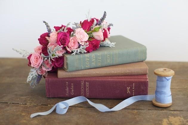 1530 Мастер-класс: нежный венок для невесты из диких роз, васильков и лаванды