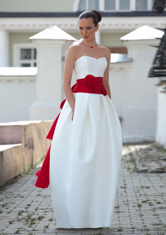 6 Нежная и страстная свадьба в красно-белом цвете