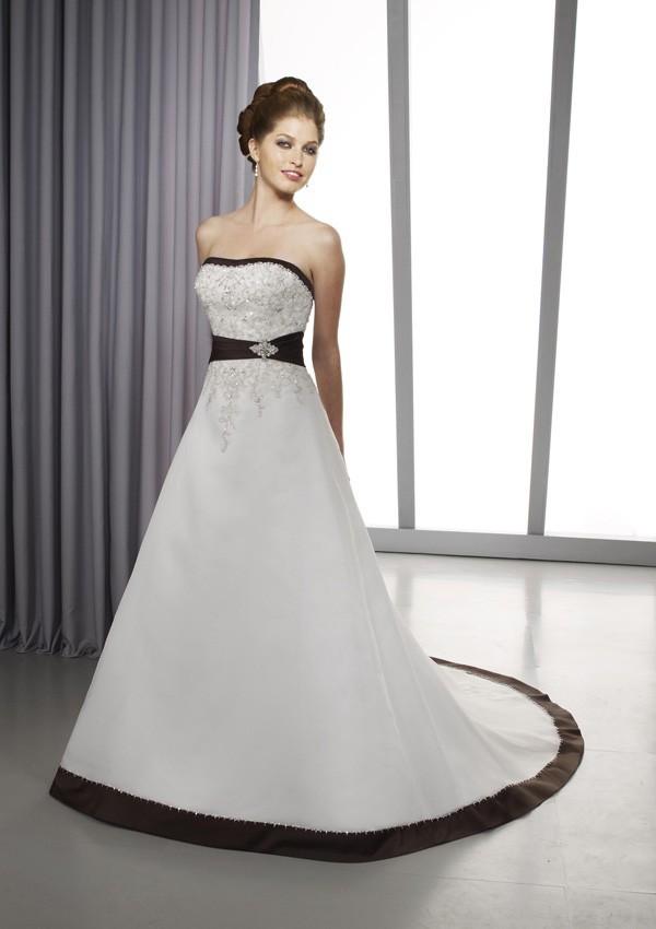 6697.600x850.1380218324 Свадьба в черно-белом цвете: просто и со вкусом