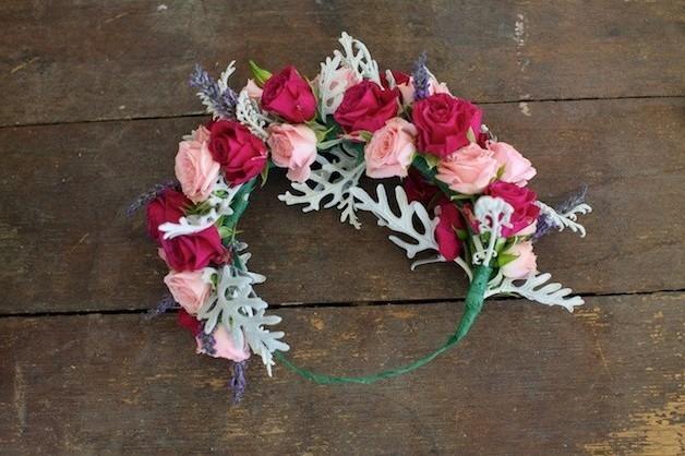 946 Мастер-класс: нежный венок для невесты из диких роз, васильков и лаванды
