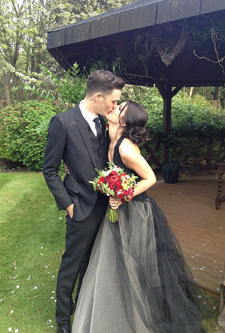 Znamenitosti-kotorye-vybrali-tsvetnye-svadebnye-platya1 Знаменитости, которые выбрали цветные свадебные платья