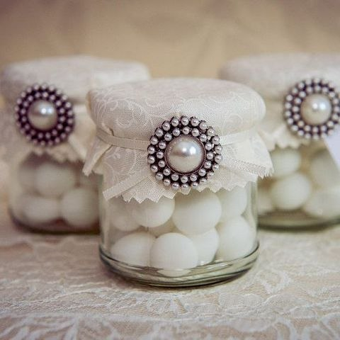 brosh-kak-element-svadebnogo-dekora-7 Броши в декоре свадебного торжества