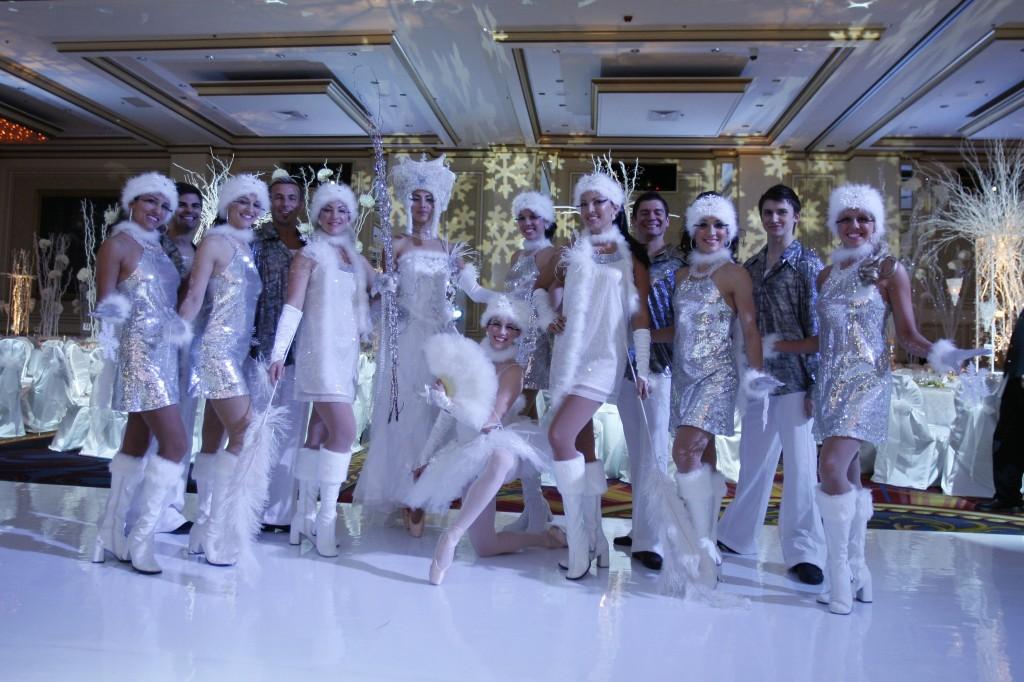tanuevalnoe-shou-snegoviki Идеи для свадеб со стилем, тематические свадьбы