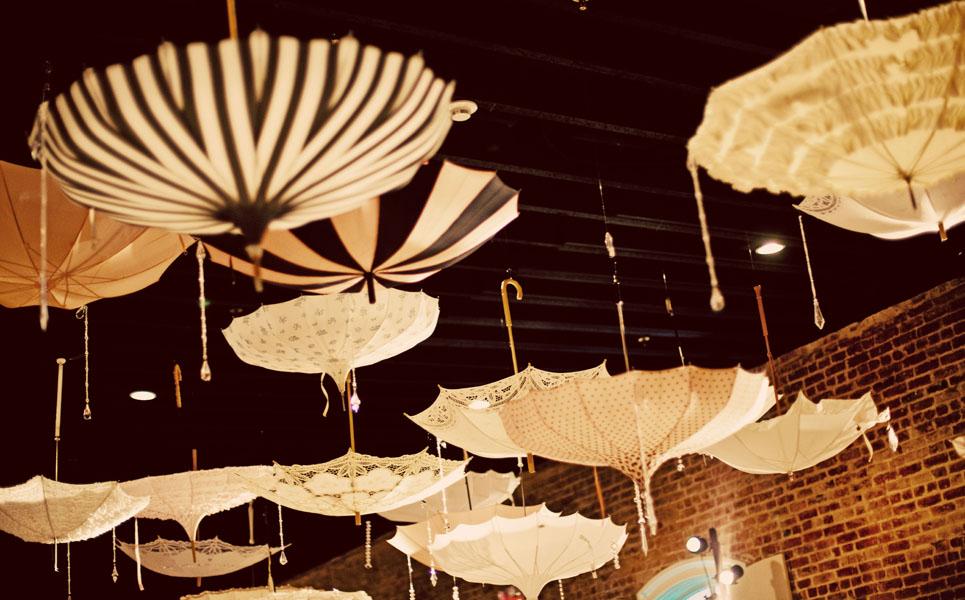 canvas-and-canopy-design-leila-68 Свадебный зонтик –  интересный аксессуар на свадьбу