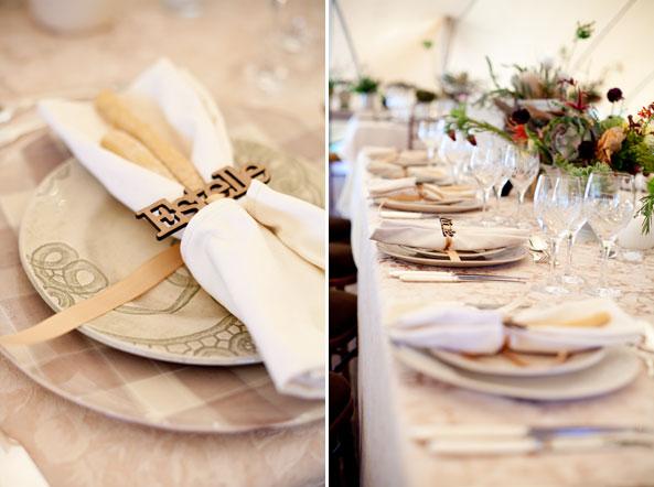 Салфетки для сервировки банкетного стола на свадьбе