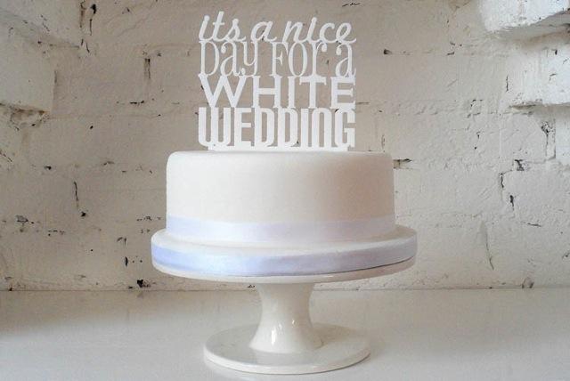 Свадебные топперы для торта, на чем остановить свой выбор