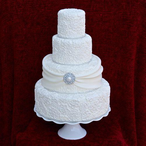 tort-so-strazami «Ювелирные» свадебные торты идеальный вариант для роскошной свадьбы