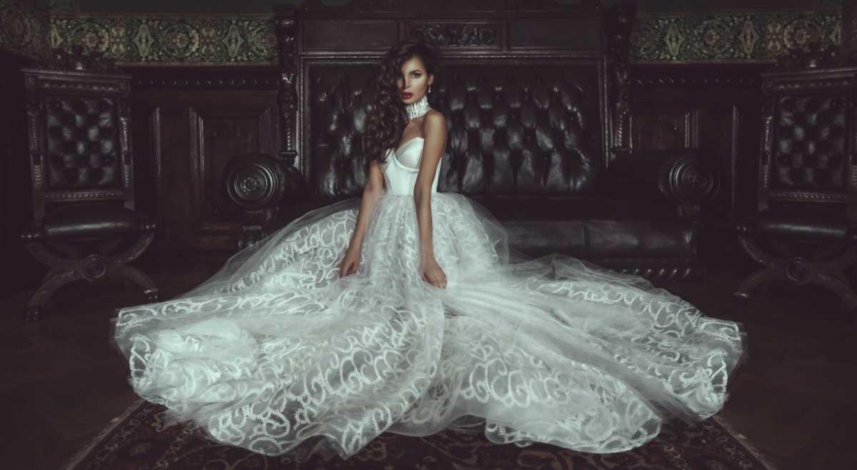 6Pl4SmRDUQY Изящные свадебные платья от Ange Etoiles