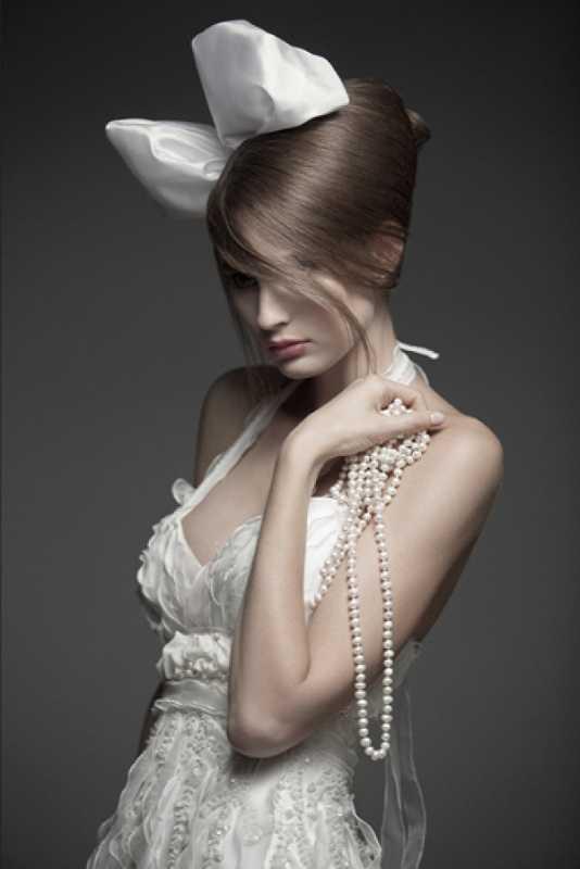 bolshoj-bant-dlya-svadebnoj-pricheski Свадебная прическа с бантом- смело украшаем прическу на свадьбу.
