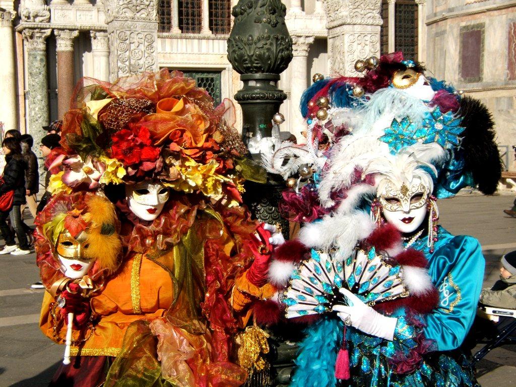 Свадебное путешествие на карнавал в Венецию