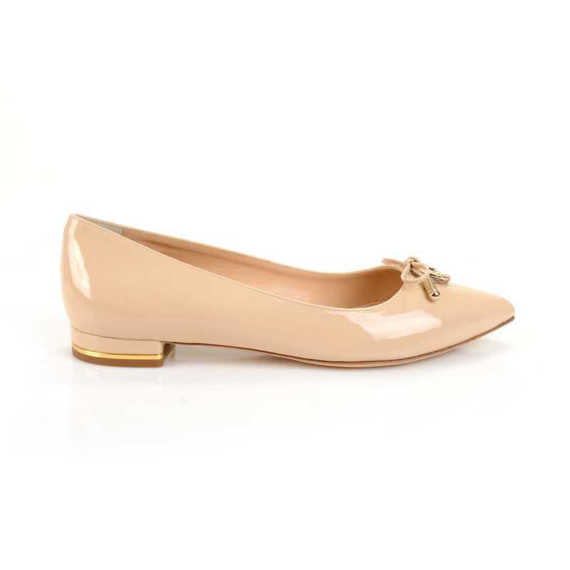 bezhevye-svadebnye-baletki Бежевые туфли для невесты, стоит ли покупать?