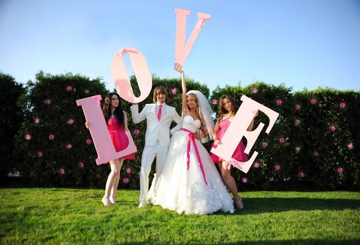 bolshie-bukvy-v-oformlenii-svadby Большие буквы в свадебном декоре для оформления свадебного торжества и фотосессии