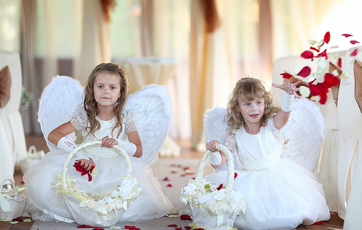 detskaya-fotosessiya-na-vzrosloj-svadbe Дети на свадебной фотосессии