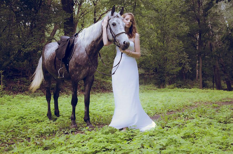 fotosessiya-nevesty-s-loshadyu Свадебная фотосессия с лошадьми