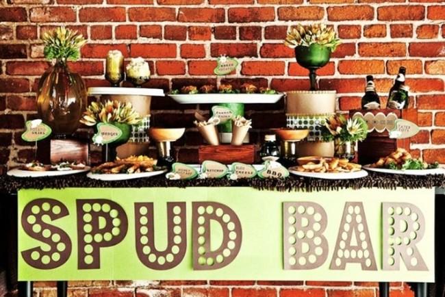 kartofelnyj-bar-na-svdab ТОП-8 самых удивительных свадебных десертных столов со всего мира