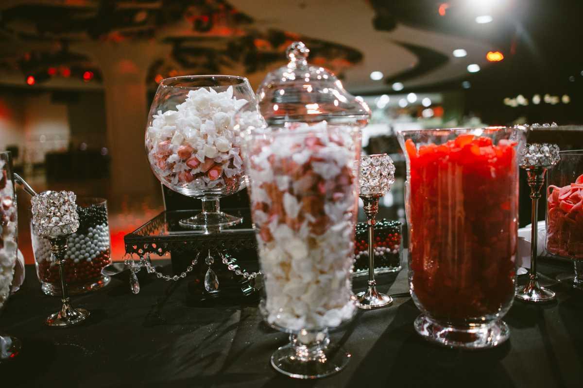 kendi-bar-gotika Готический Кэнди Бар на свадьбу
