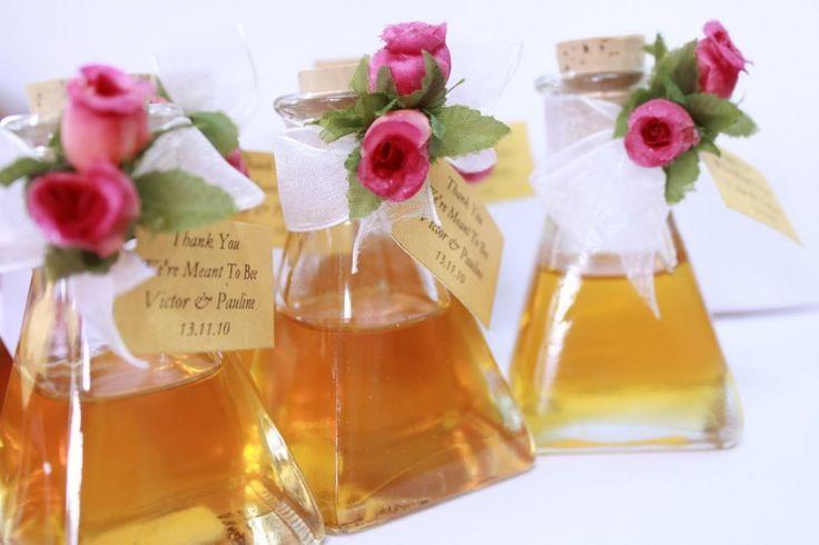 Мед в качестве подарка гостям на свадьбу