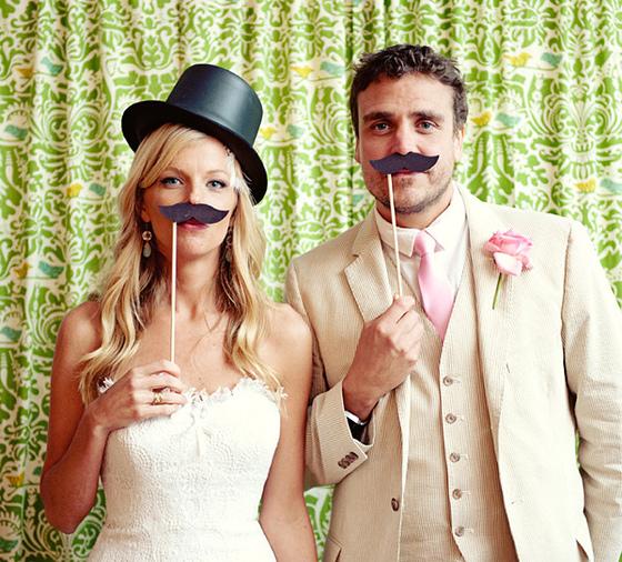 rekvizit-dlya-svadebnyh-fotografij Выбираем реквизит для свадебной фотосессии