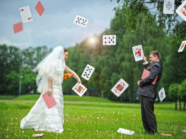 rekvizit-dlya-tematicheskoj-svadebnoj-fotosessii Выбираем реквизит для свадебной фотосессии