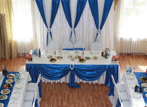 stol-dlya-molodozhenov-v-morskom-stile ТОП-8 идей по оформлению стола жениха и невесты