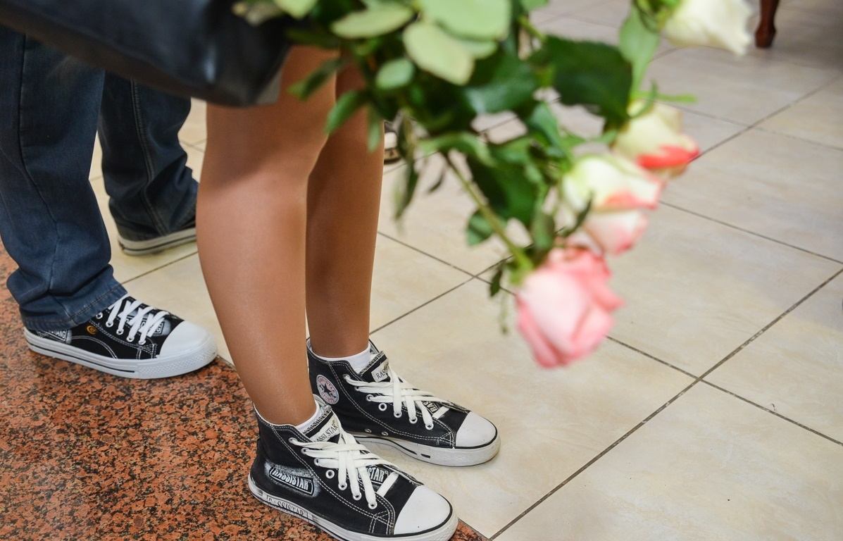 svadba-v-kedah Кеды вместо туфель для невесты на свадьбу