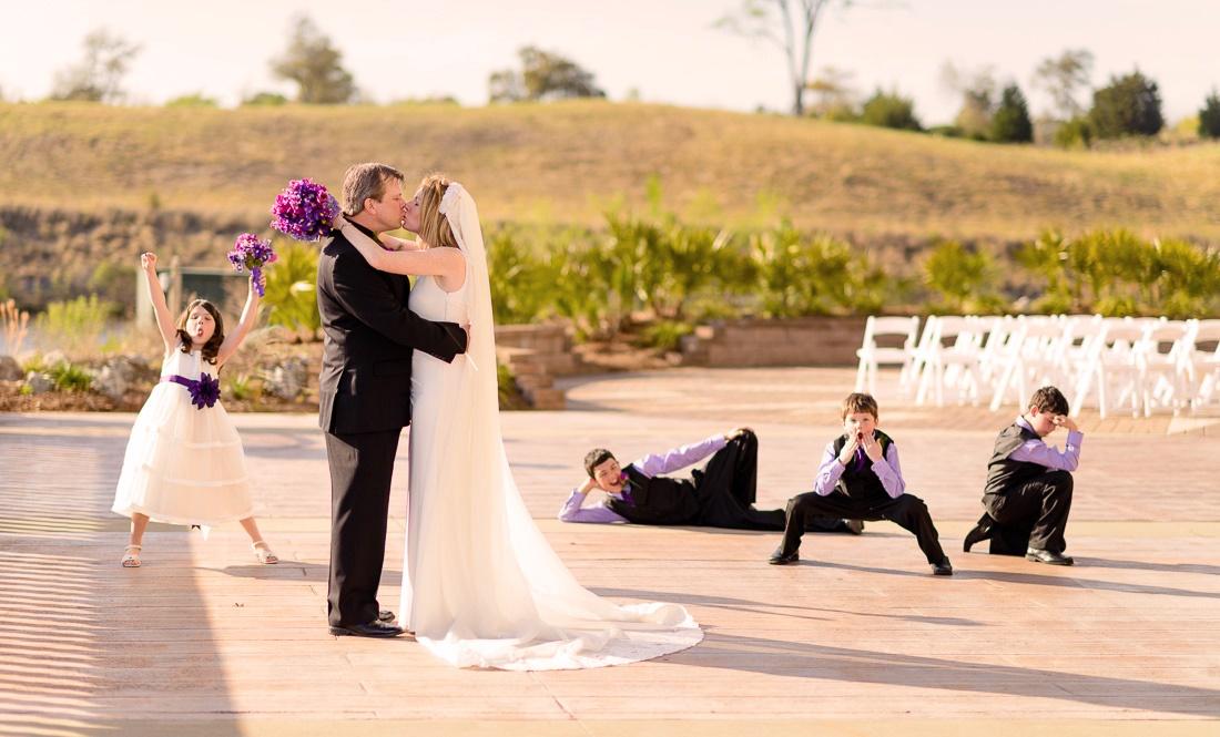 svadebnye-fotografii-s-detmi Дети на свадебной фотосессии