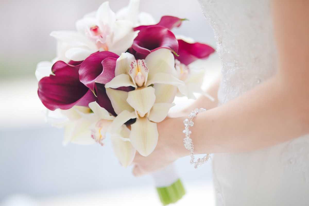 Стоит ли хранить букет невесты после свадьбы?