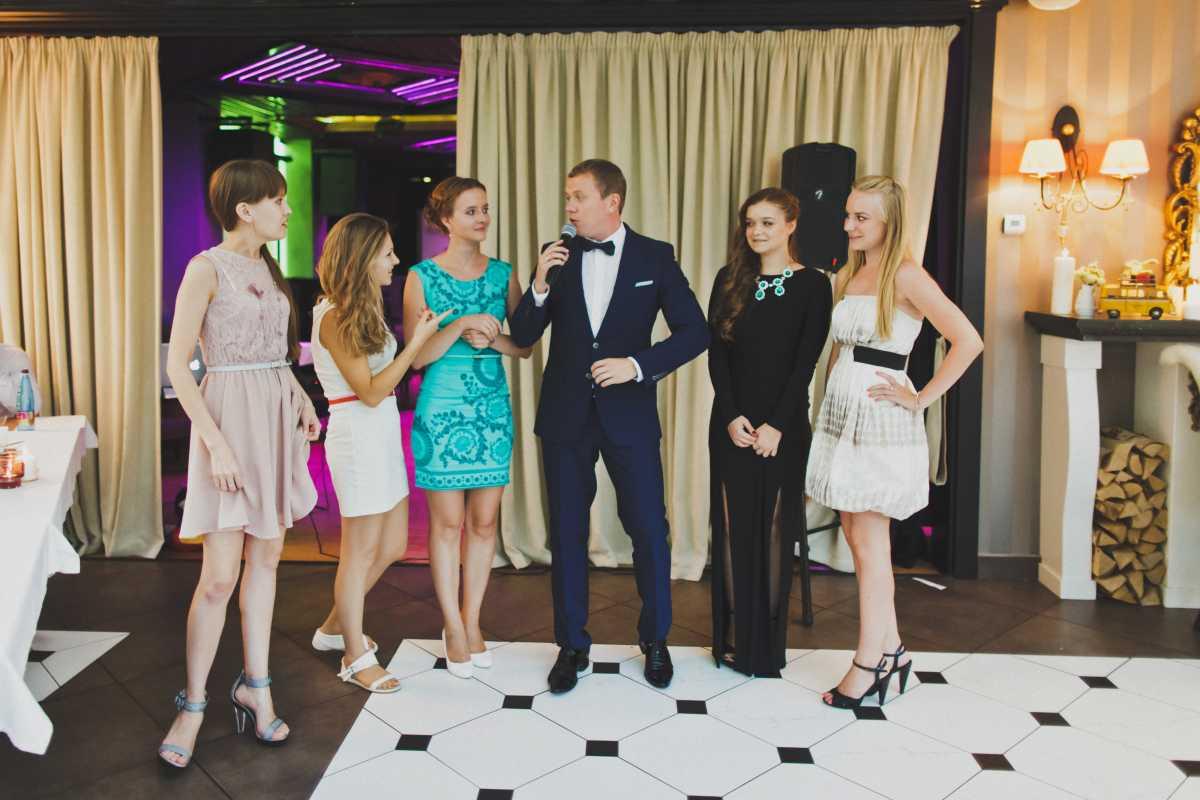 Свадебный этикет и памятка гостям: гаджеты на свадьбе.