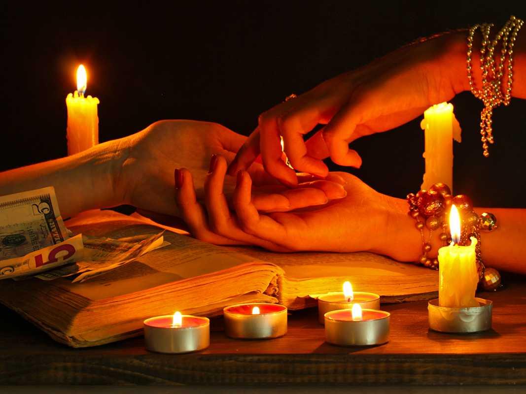 1-svadebnye-gadaniya-na-svechah-na-devichnike Свадебные гадания для девичника на свечах