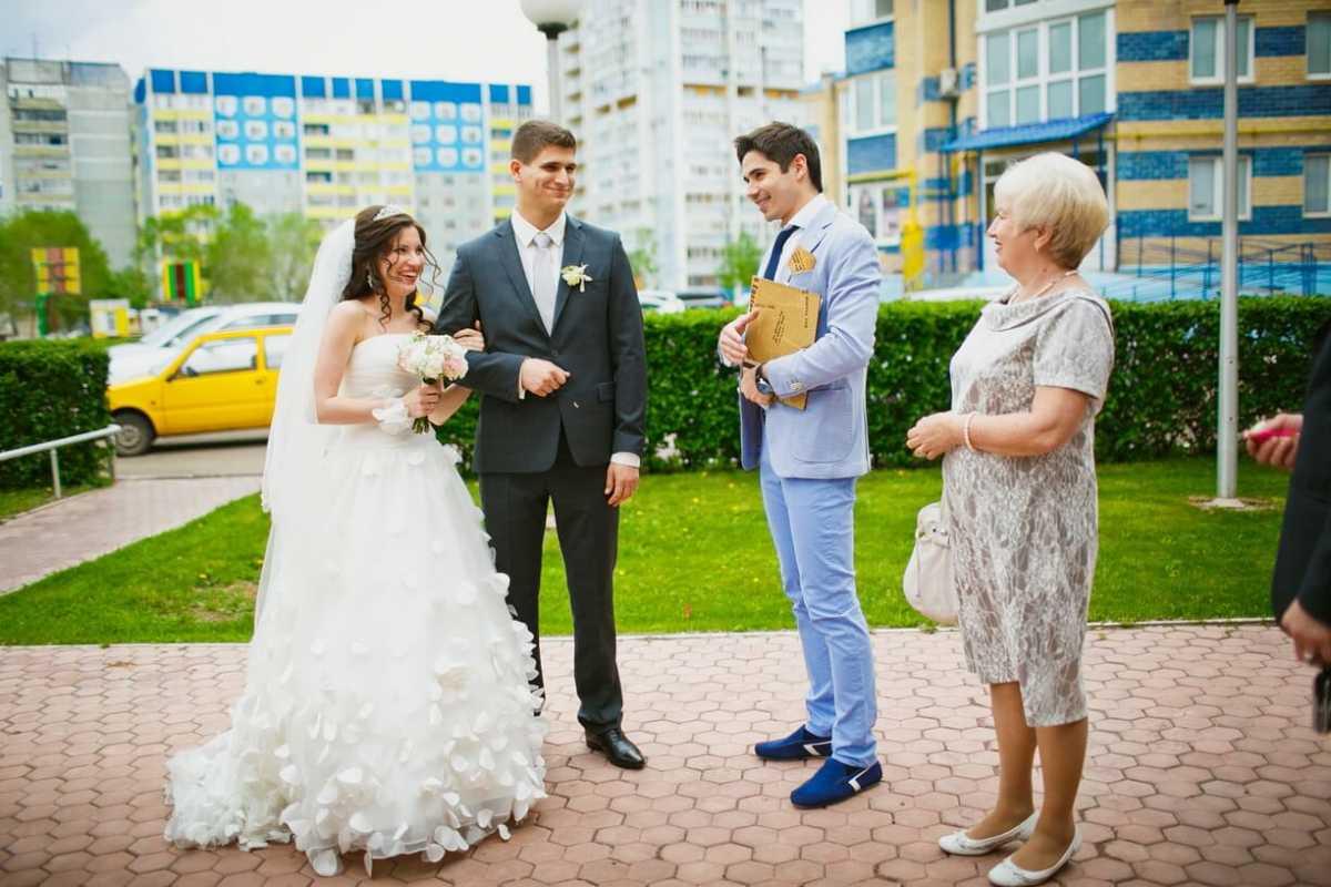 Важный свадебный помощник – папка с документами