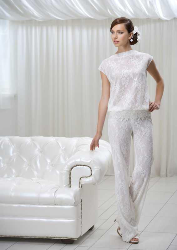 bryuchnyj-kostyum-na-vtoroj-den-svadby Брючный костюм для второго дня свадьбы