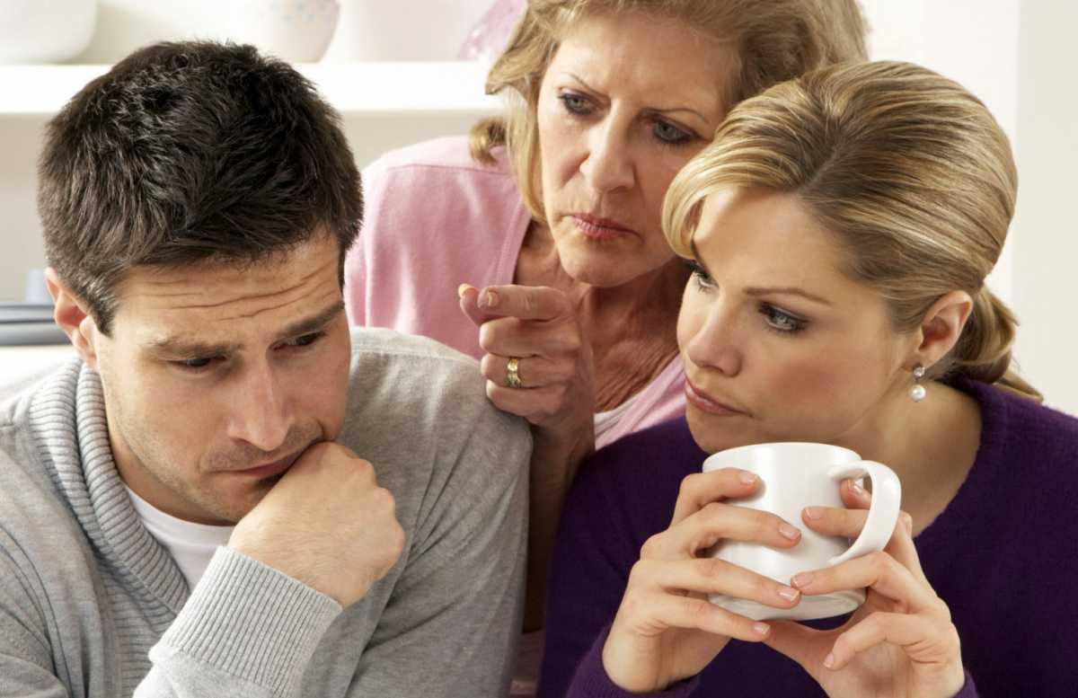 chto-delat-esli-mama-zheniha-protiv-svadby Что делать, если маме не понравилась Ваша невеста?