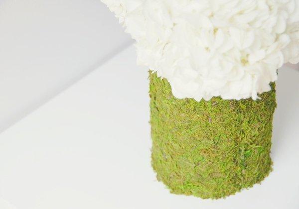 dekor-vaz-na-svadbu-fakturno-bumagoj ТОП-10 бюджетных вариантов декора ваз на свадьбу