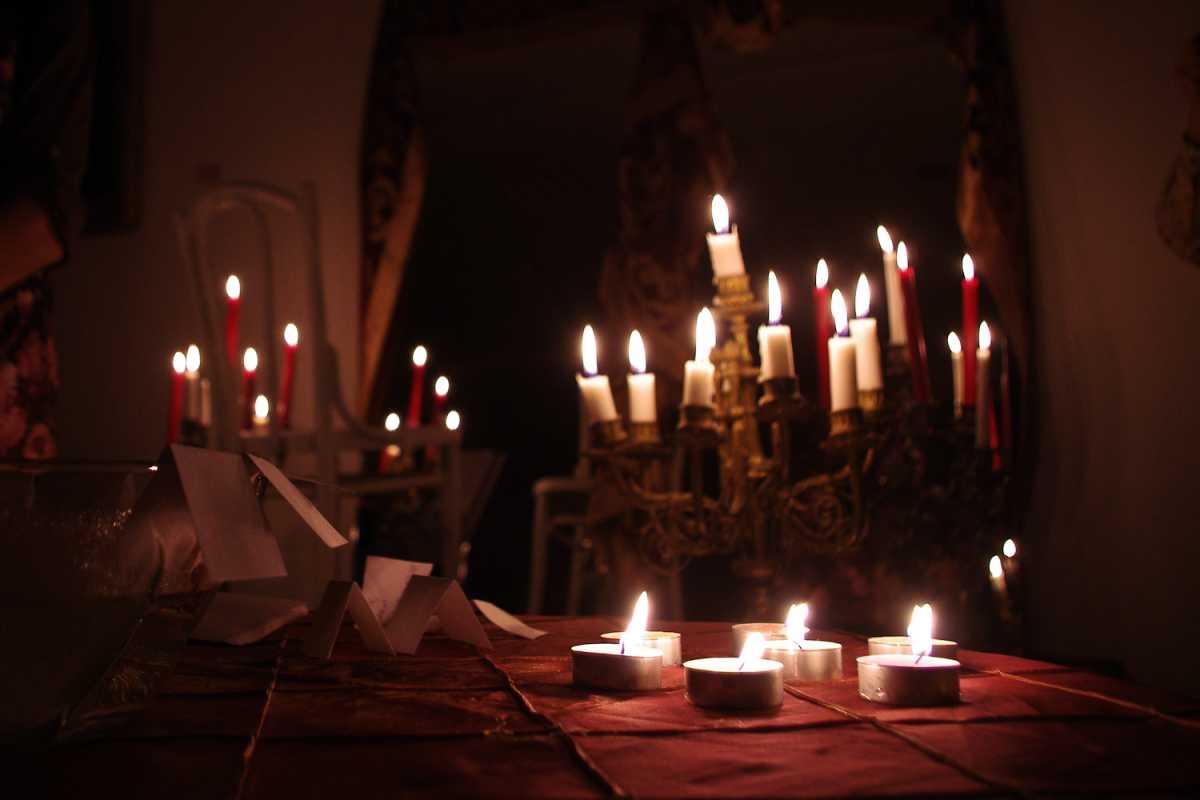 gadaem-na-svechah-pered-svadboj Свадебные гадания для девичника на свечах