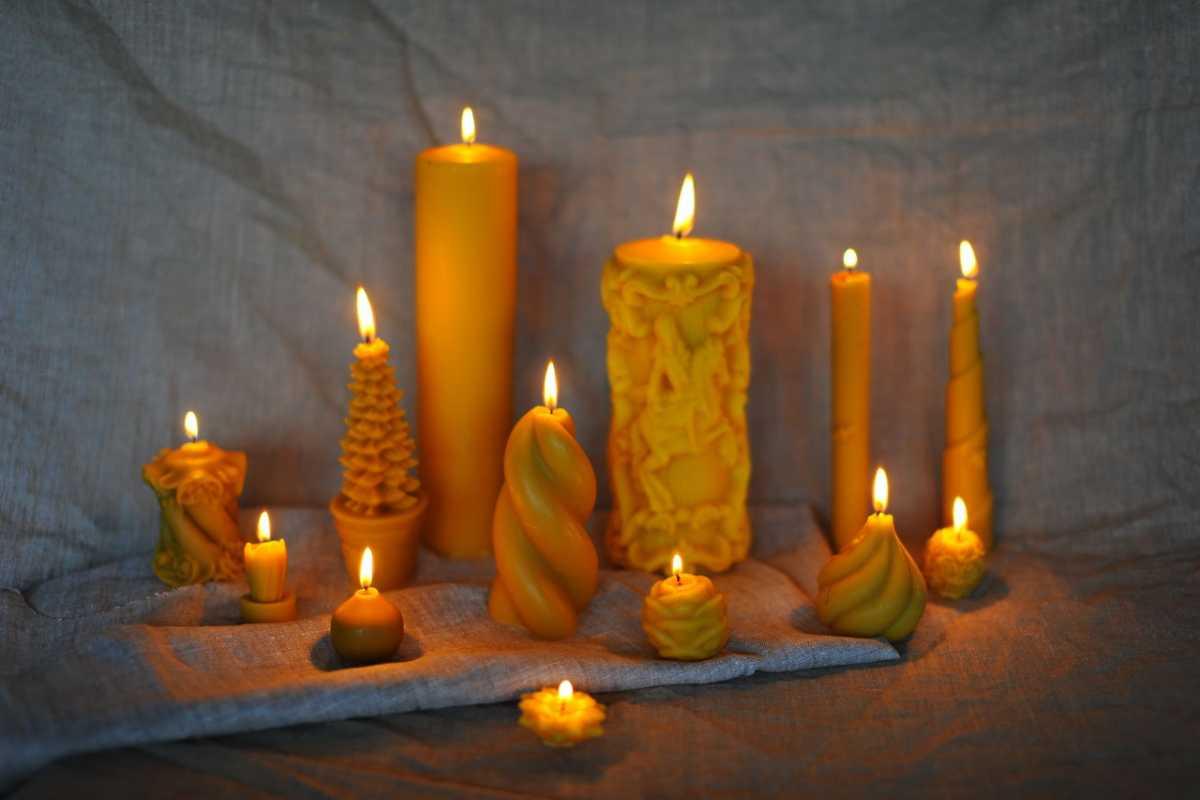 gadanie-na-devichnike-na-svechah Свадебные гадания для девичника на свечах