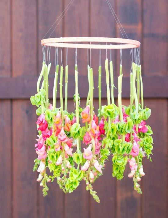 gotovo2 Мастер-класс: свадебный роскошный канделябр из ярких цветов