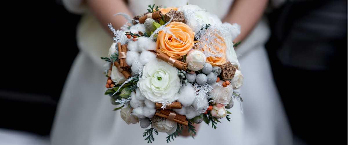 kuda-devat-buket-nevesty-posle-svadby Как избавиться от свадебного букета после свадьбы
