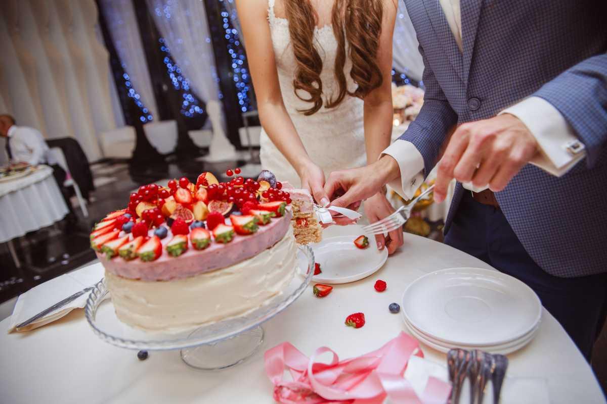 pravilnaya-podacha-svadebnogo-torta Как подать свадебный торт