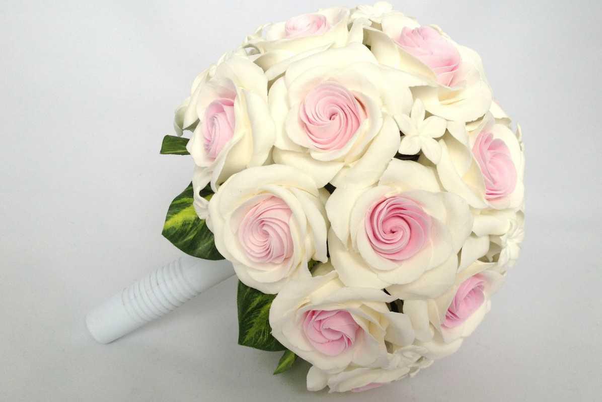 tsvety-dlya-molodozhenov Выбираем цветы в подарок молодоженам на свадьбу