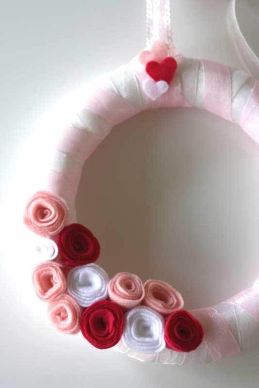 Фетровый венок с розами на свадьбу