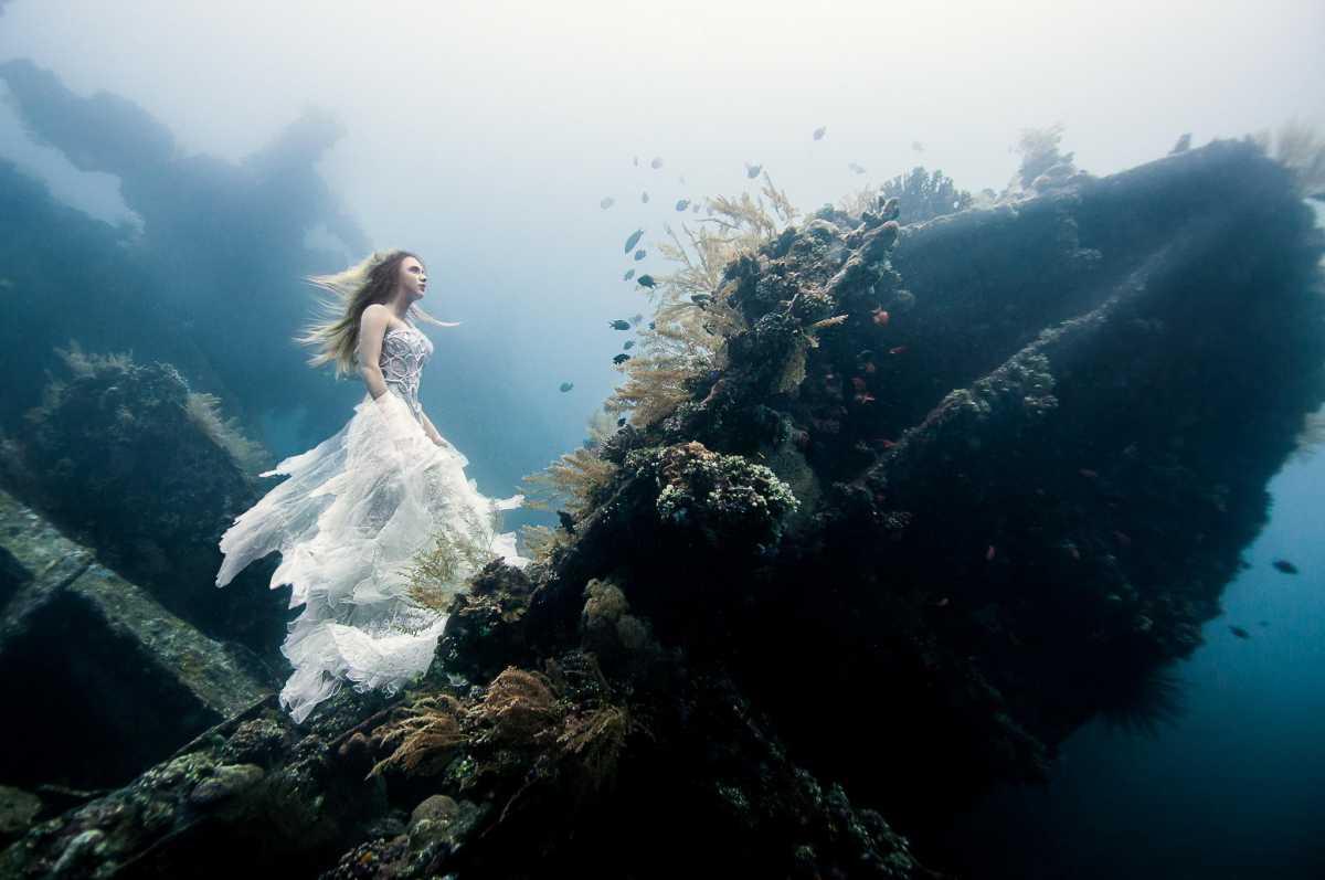 1-Podvodnaya-svadebnaya-fotosessiya Подводная свадебная фотосессия