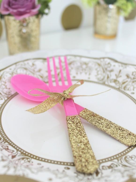 Столовые приборы на свадьбу с блестками своими руками