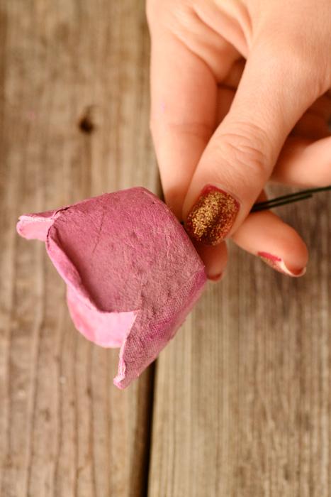 Kartochki-rassadki-v-vide-roz-105 Карточки рассадки в виде роз на свадьбу