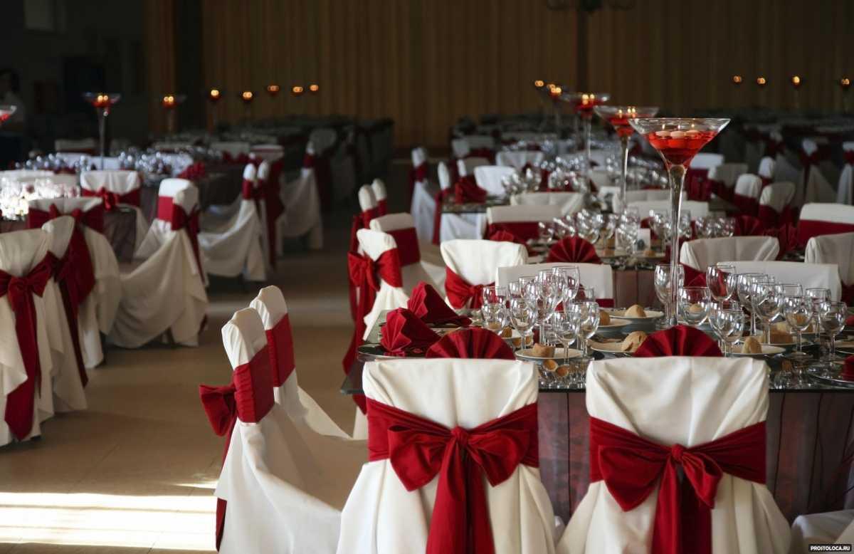 Krasnoe-oformlenie-svadebnogo-zala-5 Красное оформление свадьбы и свадебного зала