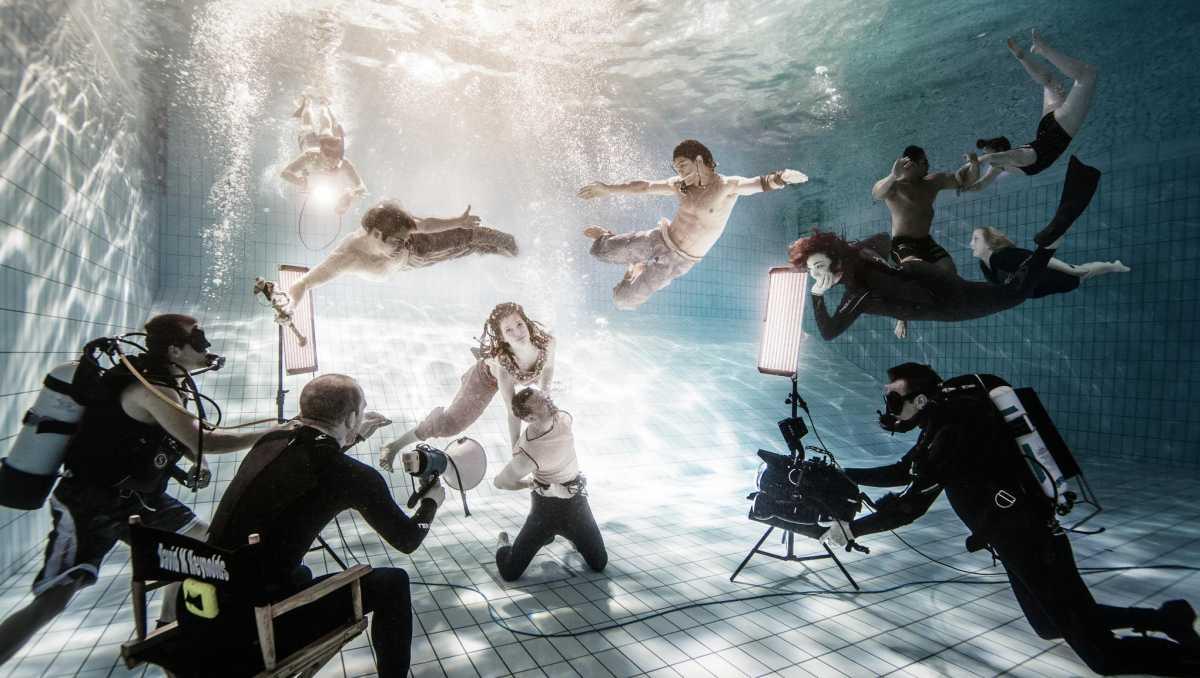 Podvodnaya-svadebnaya-fotosessiya-3 Подводная свадебная фотосессия