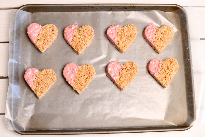 Sladkie-serdtsa-iz-vozdushnogo-risa-dlya-svadebnogo-Kendi-bara-104 Угощения для свадебного Кэнди бара: сладкие сердечки из воздушного риса