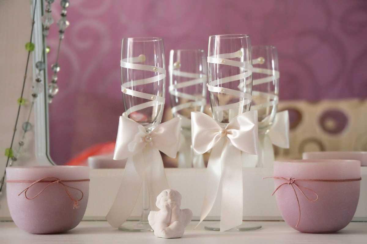 Ukrashenie-bokalov-na-svadbu-svoimi-rukami-2 Украшение бокалов на свадьбу своими руками