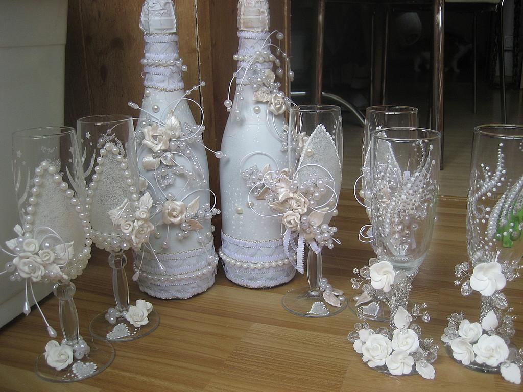Ukrashenie-bokalov-na-svadbu-svoimi-rukami-7 Украшение бокалов на свадьбу своими руками