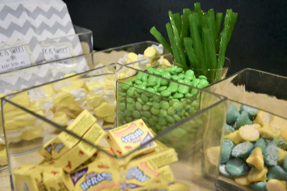 Zelenoe-svadebnoe-oformlenie-Kendi-Bara-6 Свадьба в зеленом и зеленое свадебное оформление Кэнди Бара