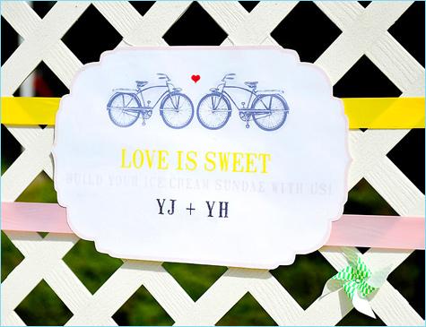 Удивительный летний Кэнди Бар с мороженным и различными сладкими топперами